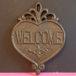 Metal Heart Welcome Sign
